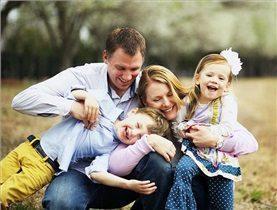 تصویر از ابراز عشق والدین در برابر کودک چه فوایدی دارد؟