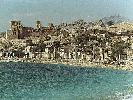 تصویر از آثار باستانی موجود در بندر سیراف