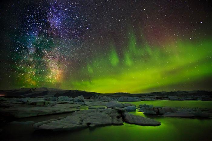 تصویر از عکس های زیبا و خیره کننده از کهکشان راه شیری