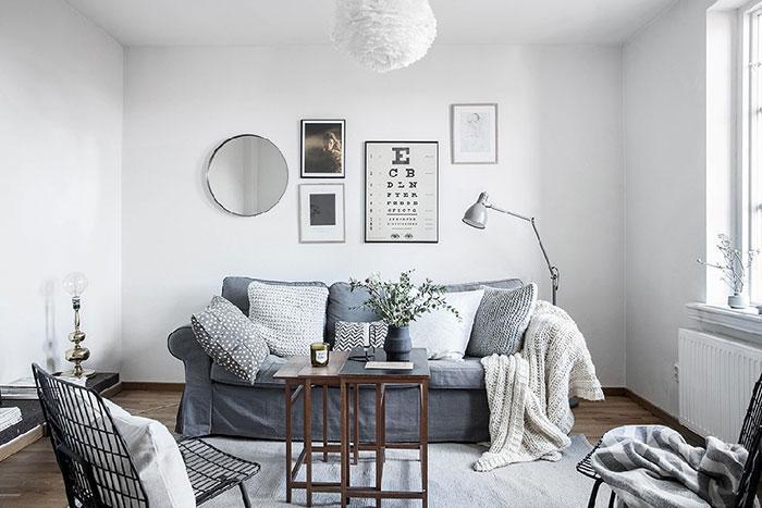 آپارتمان زیبا و مدرن با دکوراسیون خلاقانه از تیرک های چوبی در سوئد + تصاویر