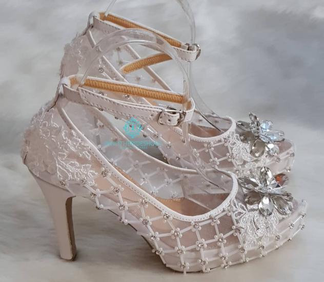 تصویر از جدیدترین مدل کفش عروس ۹۷ با طرح های مد سال