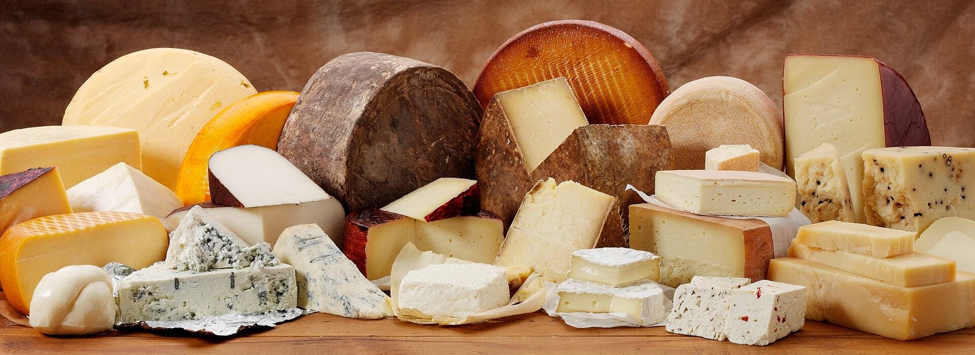 تصویر از نحوه استفاده از انواع پنیر با توجه به سلامت بدن