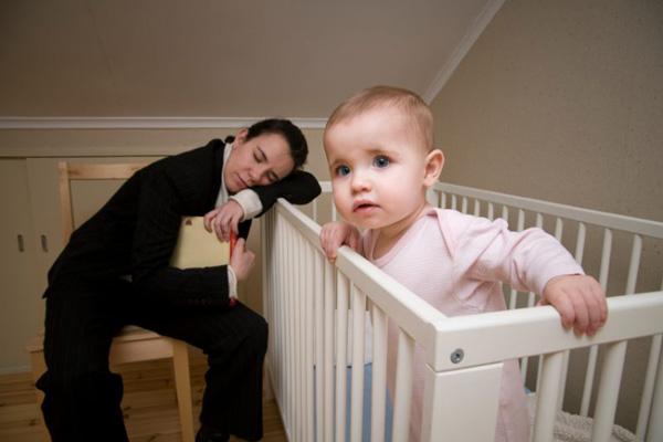 دلایل بی خوابی نوزادان چیست؟