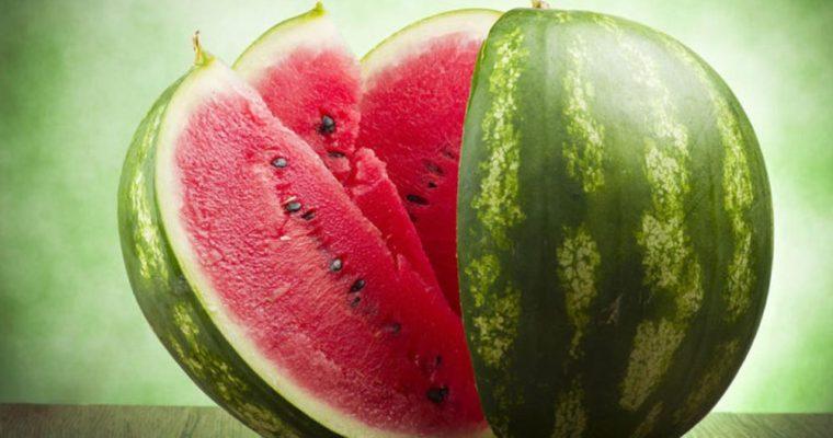 تصویر از خاصیت هندوانه و زمان مصرف آن
