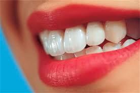 چرا دندان آسیب دیده میشود؟