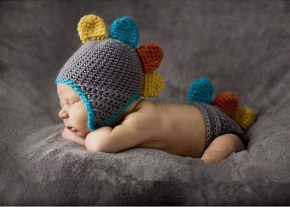 بانمک ترین انواع مدل کلاه بافتنی بچه گانه