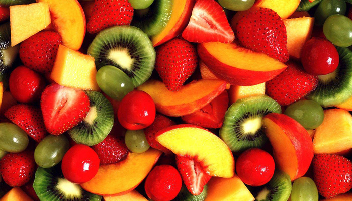 راهنمای مصرف سبزی و میوه برای نوزاد ۸ ماهه