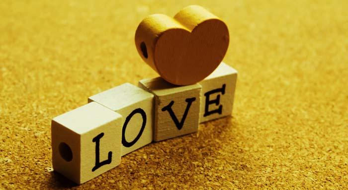تصویر از ۴۵ جمله سنگین عاشقانه؛ بهترین عاشقانه ها