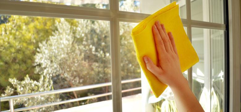 تصویر از آموزش ساخت شیشه پاک کن خانگی