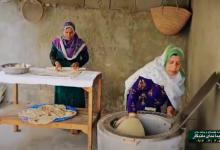 دانلود کلیپ تماشایی از نحوه پخت نان محلی در بندر سیراف/فیلم