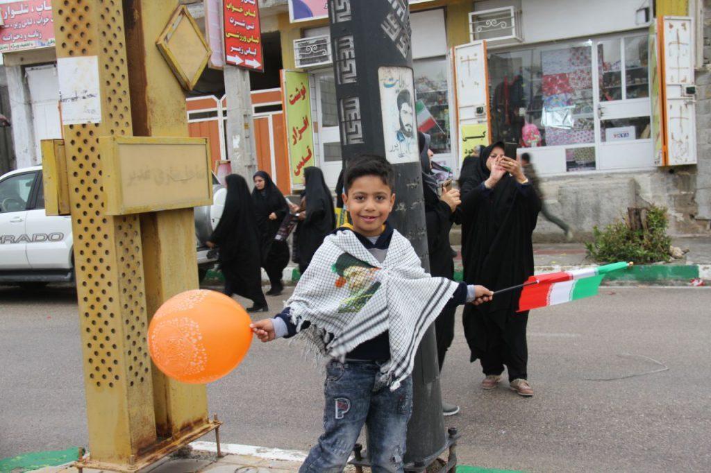 عکس ها و حاشیه های راهپیمایی 22 بهمن 97