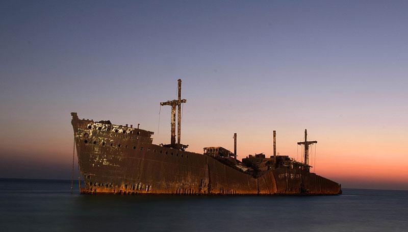 ساحل کشتی یونانی کیش