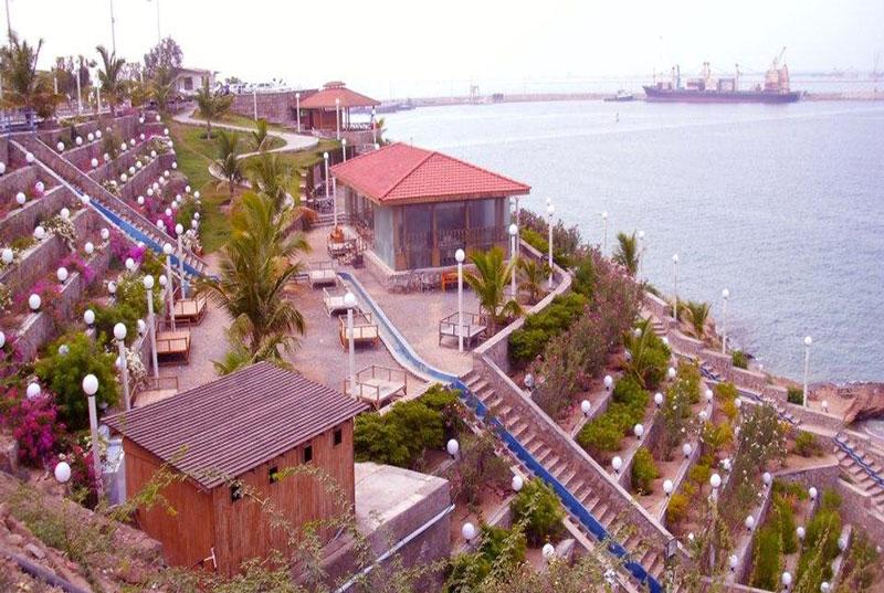 پلاژ ساحلی لیپار