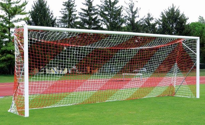 اندازه دروازه فوتبال چمنی چقدر است؟