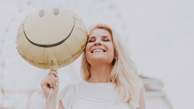 چگونه نگرش مثبت داشته باشیم؟ ۱۰ نکته کاربردی برای مثبتنگری