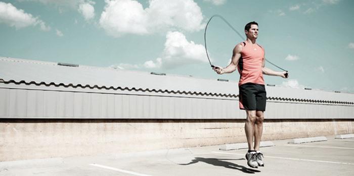 روش صحیح طناب زدن با تمرینی ساده