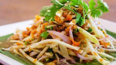 سالاد تایلندی با مرغ