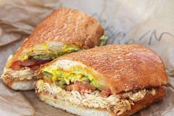 ساندویچ فرانسیسکو، ساندویچ مرغ و قارچ