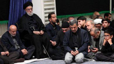 تصویر از حضور دکتر احمدی نژاد در مراسم عزاداری شام غریبان حسینیه امام خمینی(ره) بیت رهبری
