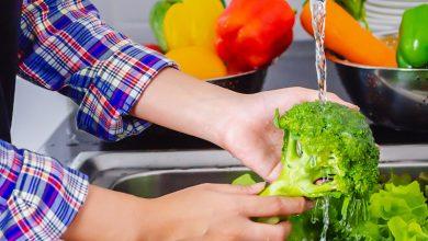 بهترین روش های ضدعفونی کردن میوه و سبزیجات چیست؟ بانوی شهر