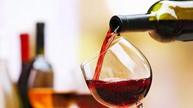 تصویر از تعبیر خواب خوردن شراب قرمز/سفید