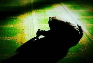 تصویر از دستور خواندن نماز شب و فضیلت آن