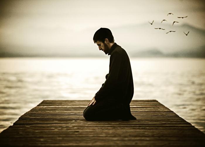 در چه مواقعی خواندن نماز با لباس یا بدن نجس صحیح است؟