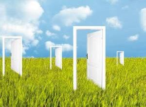 روی درب های بهشت چه نوشته شده؟