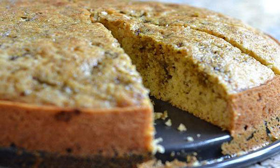 طرز پخت کیک روغن زیتون و میوه خشک